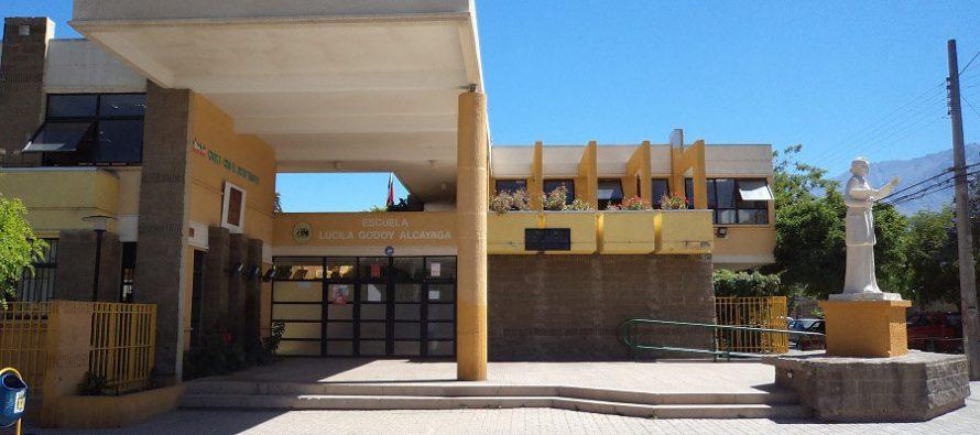 Escuela Lucila Godoy contará con museo de la docencia de sus 175 años de vida
