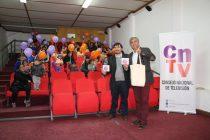 Niños y jóvenes de Vicuña contarán con material audiovisual de aprendizaje gracias al CNTV