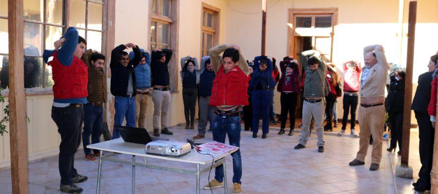 Inacap y Vicuña fortalecen su alianza con pausas activas para los trabajadores del municipio