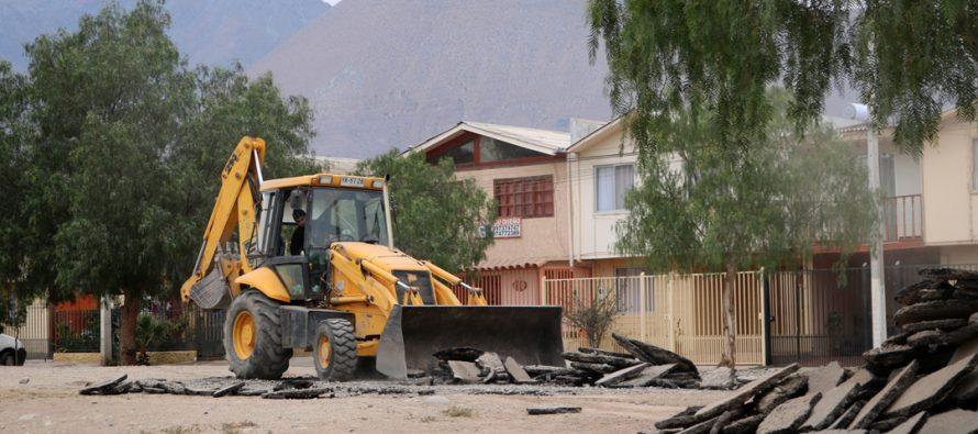 Nueva multicancha se sumará a espacios públicos beneficiando a 3 poblaciones de Vicuña