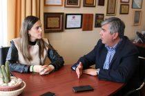 Gobernadora de Elqui y Alcalde de Vicuña acuerdan trabajos en conjunto