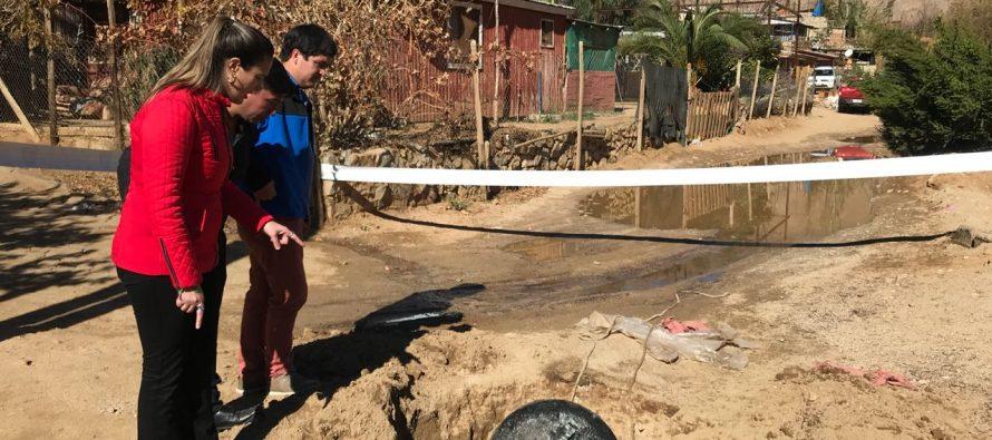 Vecinos de Horcón expusieron problemática sanitaria con fosas sépticas colapsadas