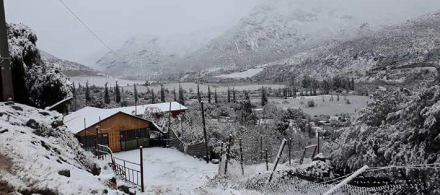 Postales elquinas: nevada cubre sector cordillerano del Valle del Elqui