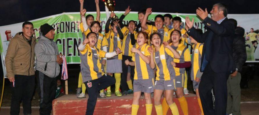 Cientos de niños y jóvenes fueron parte de la 6ta versión del campeonato Haciendo Amigos
