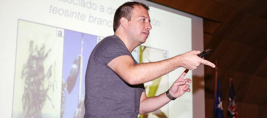 Destacado científico Gabriel León visitará escuela de Coquimbito para contar su experiencia en divulgación de la ciencia