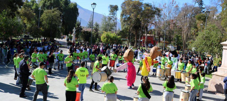 """Estudiantes de Vicuña salieron a las calles para decir una vez más """"No a las drogas"""""""