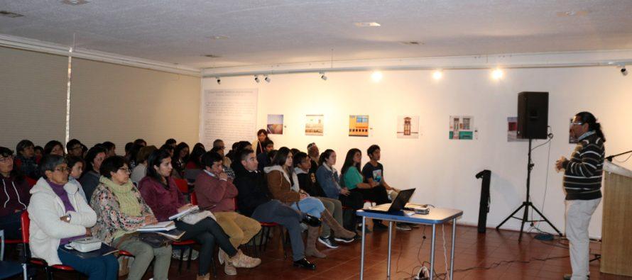 Con éxito se desarrolló charla sobre la lengua Kakán en el museo Gabriela Mistral de Vicuña