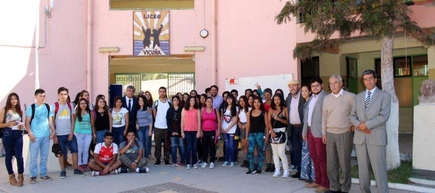 Invitan a estudiantes de Vicuña a inscribirse en el preuniversitario gratuito que comienza en agosto