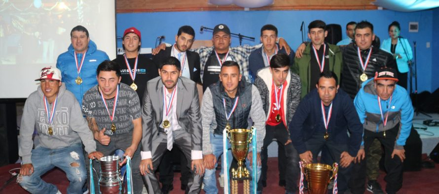 C.D. Eulogio Cerda celebró su aniversario como tricampeón de la liga rural de La Serena