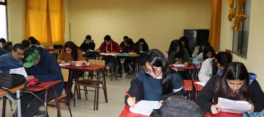 Decenas de jóvenes vicuñenses están siendo beneficiados con preuniversitario gratuito