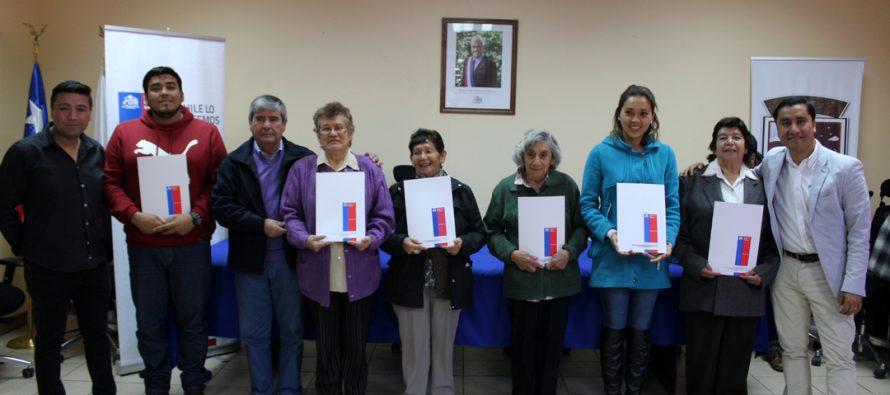 Familias de Paihuano recibieron sus títulos de dominio