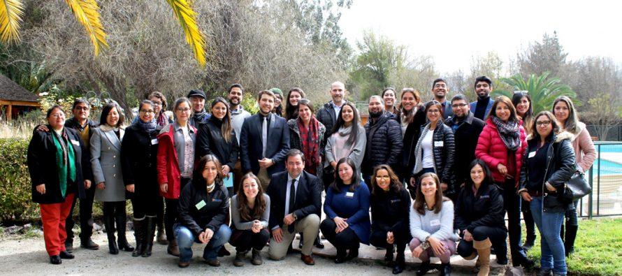 Docentes de inglés y directivos se reúnen para intercambiar conocimientos y experiencias en el valle del Elqui