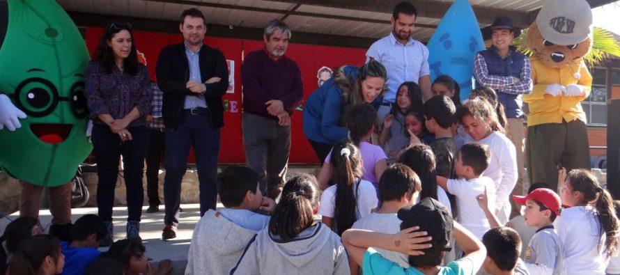 Niños de escuela rural de Quebrada de Talca aprenden a cuidar el planeta con los servicios del Agro