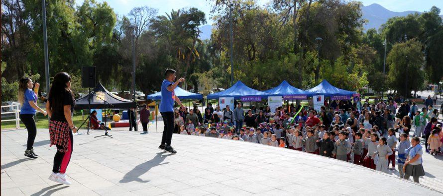 Realizan 2da versión de programa #YoMeMuevo Vicuña en plaza Gabriela Mistral