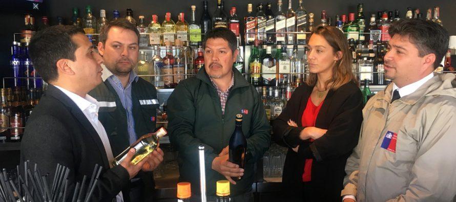 SAG fiscaliza restaurantes de la región para resguardar Denominación de Origen Pisco