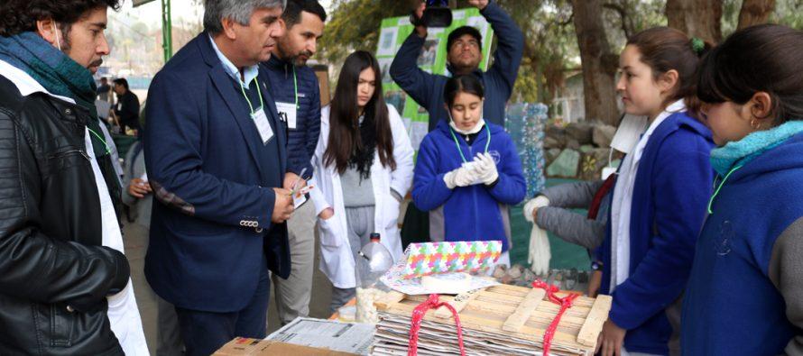 Estudiantes elquinos participan de la 3ra Feria Científica de la escuela José Abelardo Núñez