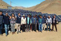 Sistema fotovoltaico permite a agricultores de Viñita Alta reducir hasta un 70% sus costos en el riego