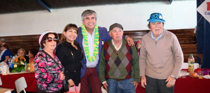"""Más de 400 adultos mayores fueron parte de la celebración del """"Pasando Agosto"""" en Vicuña"""