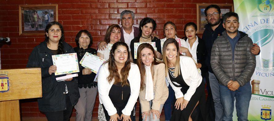 Con mucha emoción mujeres de Villaseca se certificaron en cosmética natural