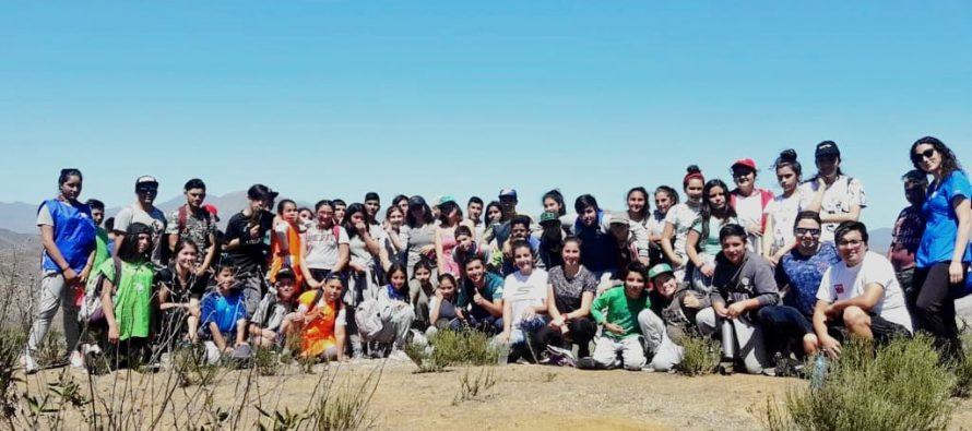 Estudiantes de Vicuña y La Serena se sumaron al 8vo trekking escolar por Marquesa