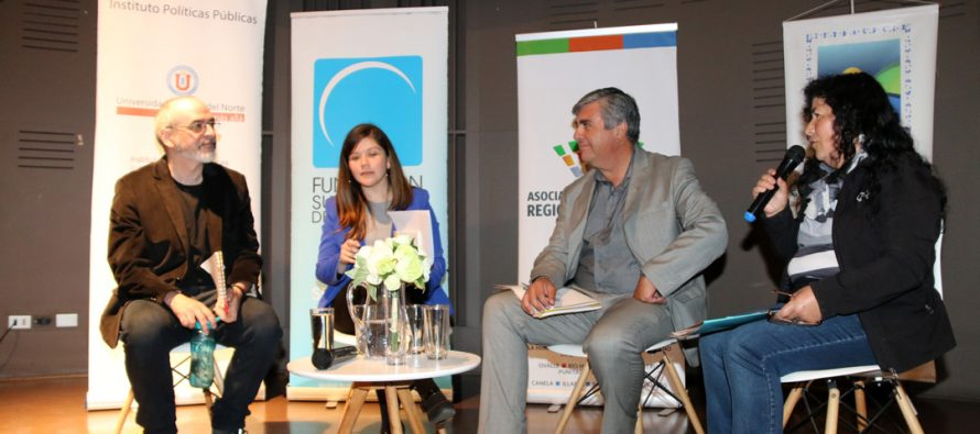 Dirigentes y Campesinos junto a autoridades debaten sobre desarrollo rural