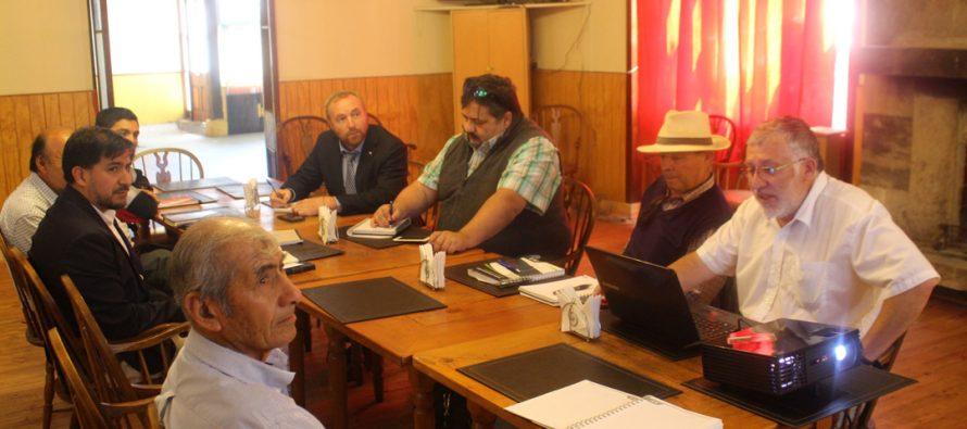 MOP y canalistas de Vicuña coordinan plan de trabajo