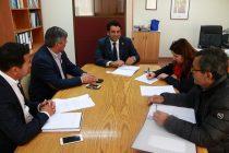 Alcalde de Vicuña y Seremi de Bienes Nacionales buscan soluciones a temáticas comunales