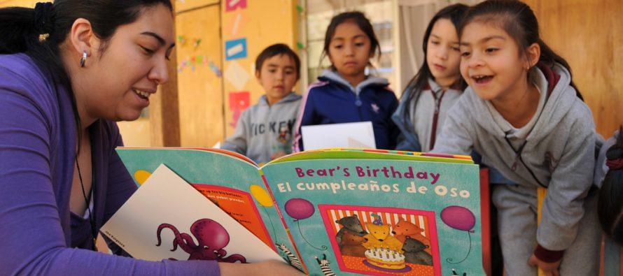 """Charla en Vicuña y Paihuano: """"Ingles en armonía para nuestros niños"""""""
