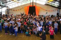 """Más de 400 estudiantes elquinos pudieron disfrutar del """"Circo de La Luna"""" en Vicuña"""