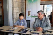 Vicuña presenta guía turística para difundir los atractivos de la zona en Europa
