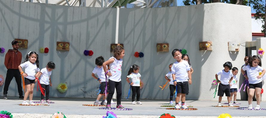 Celebran día de las educadoras de Párvulos con muestra de jardines infantiles VTF en Vicuña