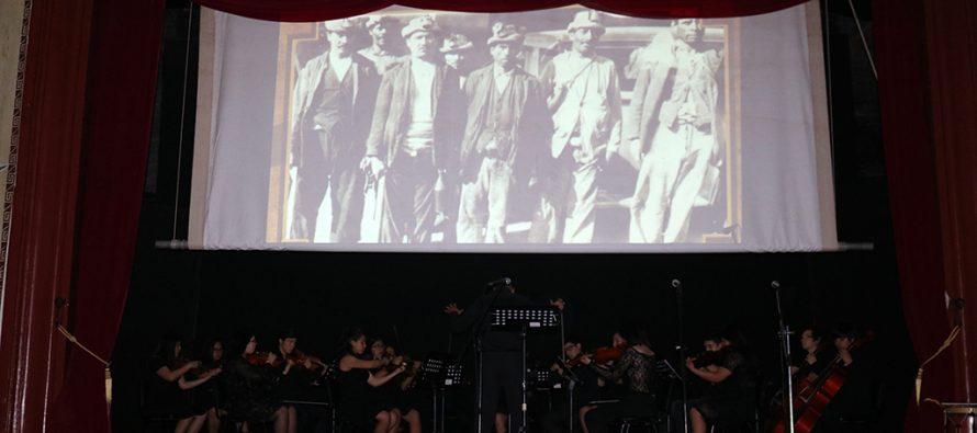 Emotiva obra musical sobre los mineros del carbón se presentó en el teatro de Vicuña