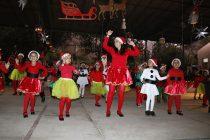 Escuela de Diaguitas se empapó del espíritu festivo en su cuarta gala navideña