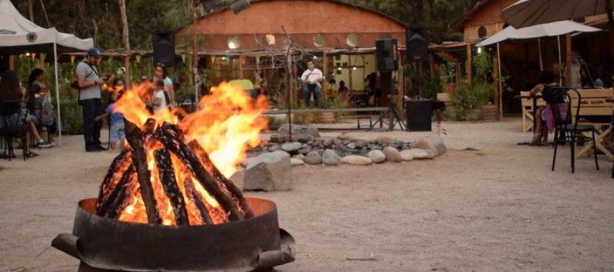 Aldea Elquina celebra su tercer aniversario preparándose para la llegada de los visitantes