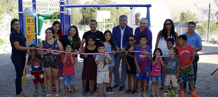 El Arenal cuenta con un nuevo juego modular para los niños del sector