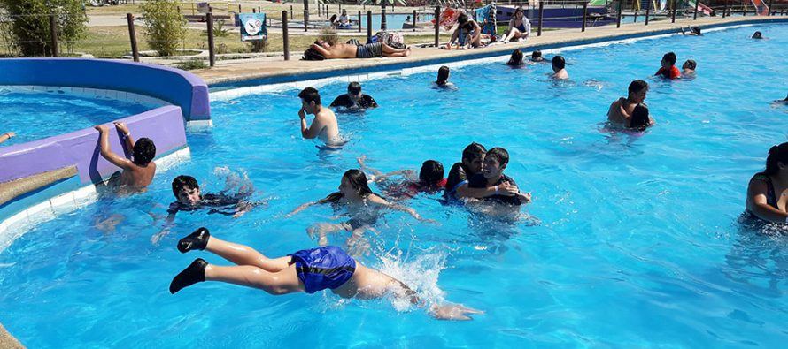 Niños de Paihuano disfrutaron de un día de vacaciones en La Serena