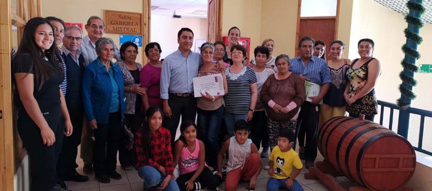 Organizaciones sociales de Paihuano reciben fondo social para implementar sedes o compra de materiales