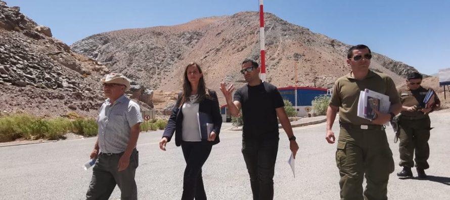 En Paso Agua Negra entregan dípticos con recomendaciones ante sismo y tsunami a turistas argentinos