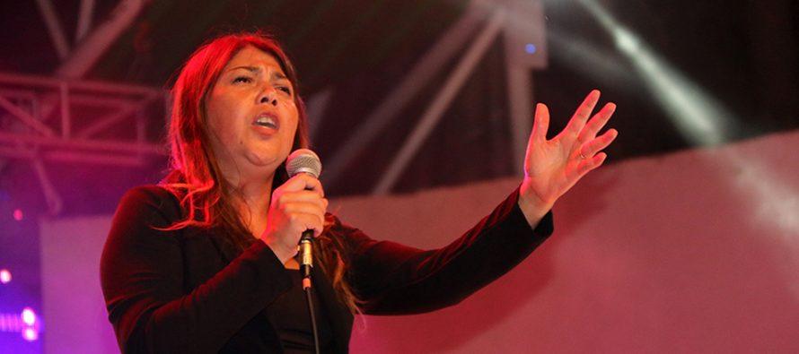 """Marcela Lemus fue la ganadora del I Festival de La Voz en Vicuña  """"Mujeres Estrellas de Elqui"""""""
