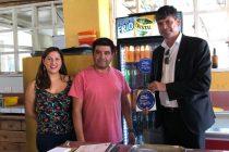 Comercio de Paihuano se suma a la campaña Chao Bombillas