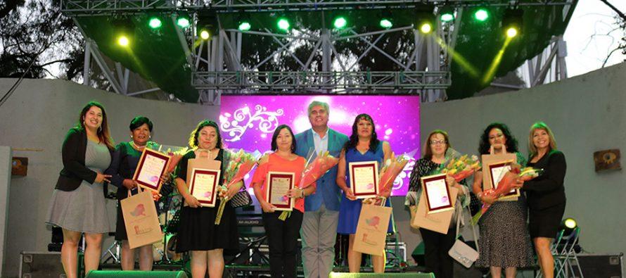 Seis mujeres elquinas fueron reconocidas en el Día Internacional de la Mujer