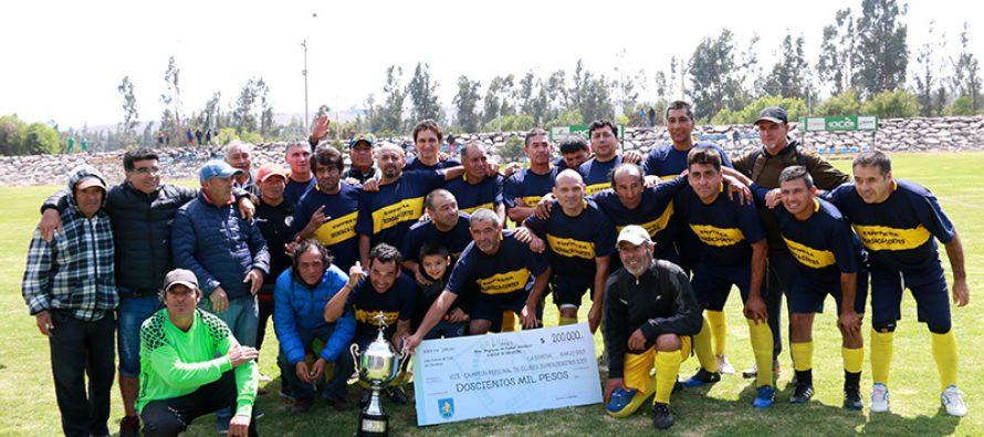 Alameda de Vicuña obtuvo el vice campeonato del Torneo Regional Súper Senior 45