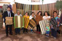 Reconocen el valor patrimonial de las tejedoras de Chapilca