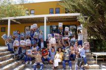 Estudiantes de escuelas municipales comienzan el año escolar con nuevas mochilas y útiles escolares