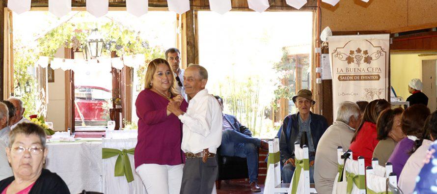 Con un Malón los adultos mayores reciben una nueva etapa del programa Vínculos en Vicuña