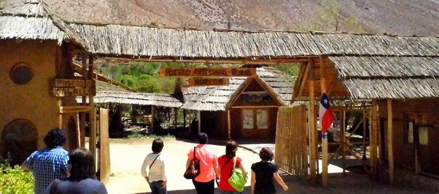 Pueblo artesanal de Horcón estará completamente renovado a fines de 2019