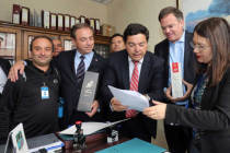 "Diputados presentan proyecto para prohibir ingreso de ""pisco"" peruano"