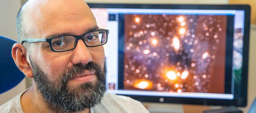 """Ricardo Salinas, astrónomo: """"El eclipse se verá en todo Chile, pero solo en La Serena y sus alrededores será total"""""""