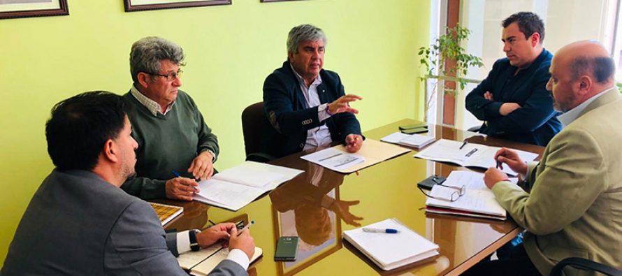 Analizan mejoramiento de caminos para la comuna de Vicuña a través de la Vialidad