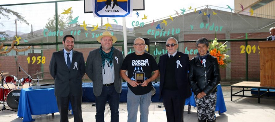 Recordando y distinguiendo la identidad liceana liceo Carlos Mondaca de Vicuña celebró 61 años